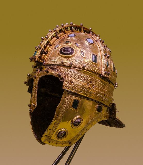 Helmet soldier roman.