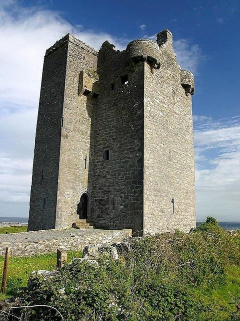 Hill castle gleninagh, architecture buildings.