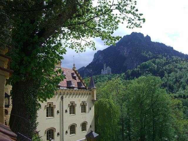 Hohenschwangau castle neuschwanstein castle.