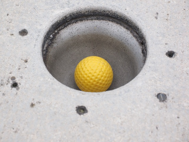 Hole ball mini golf ball.