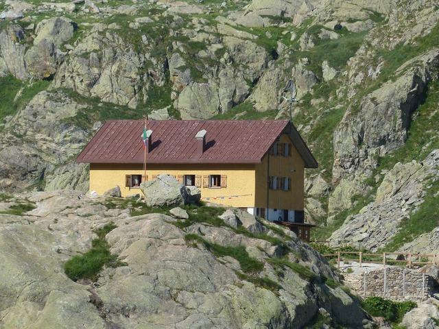 Home hut mountain hut, architecture buildings.