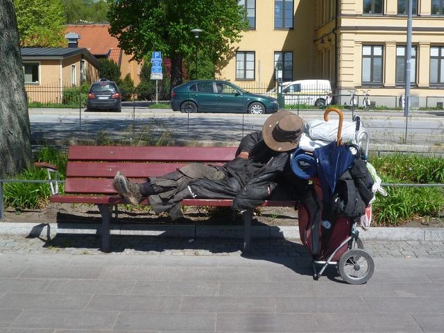 Homeless stockholm drifter, transportation traffic.