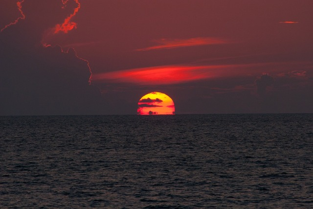 Horizon sunset india, travel vacation.