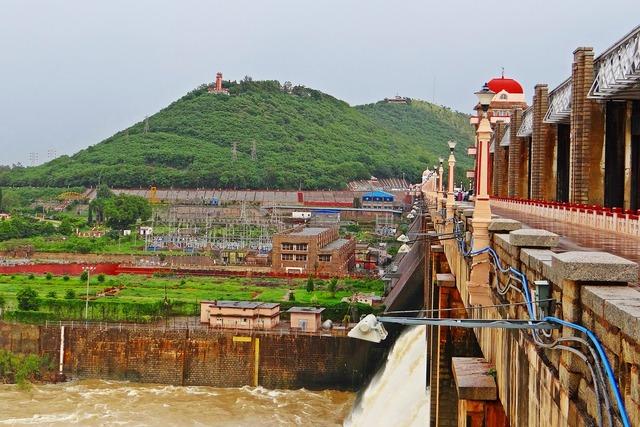Hospet tungabhadra dam river, nature landscapes.