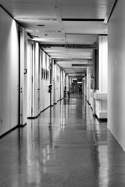 Hospital hospital corridor long corridor.