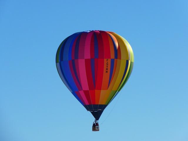 Hot air balloon balloon colorful.