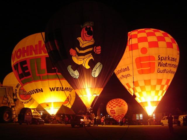 Hot air balloon ballooning hot air balloon ride.