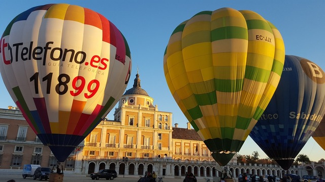 Hot air balloon balloons aranjuez.