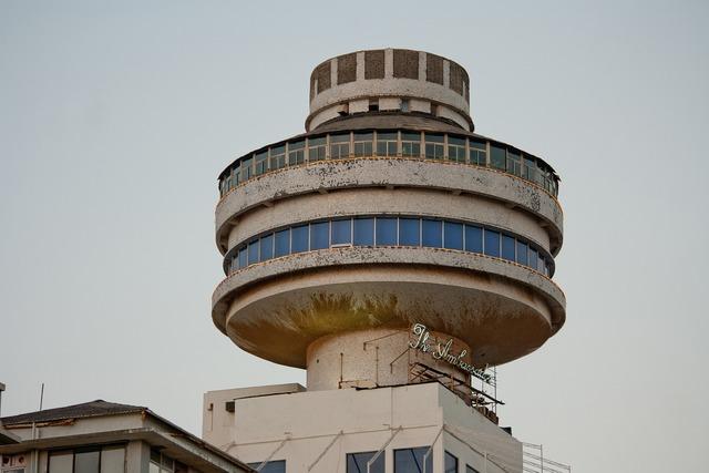 Hotel mumbai round, architecture buildings.