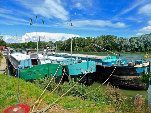 Houseboats nautical wharf.