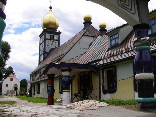 Hundertwasser baernbach austria, religion.