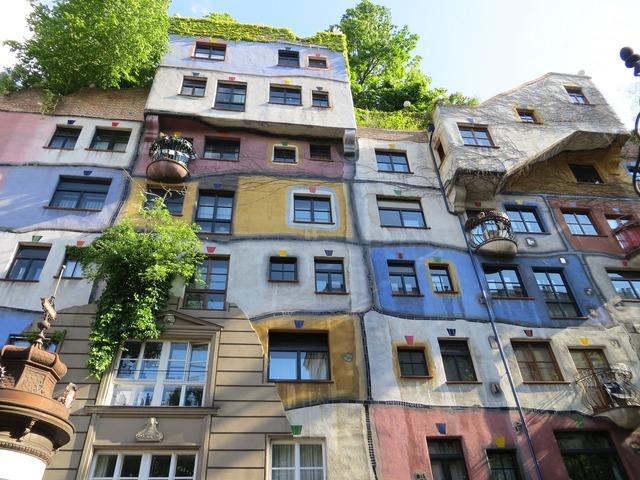 Hundertwasser hundertwasser house vienna, architecture buildings.