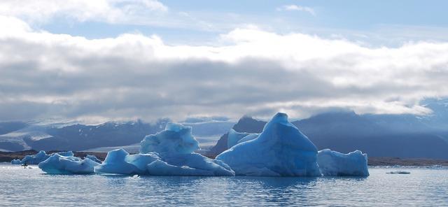 Iceberg ice jökullsarlon.