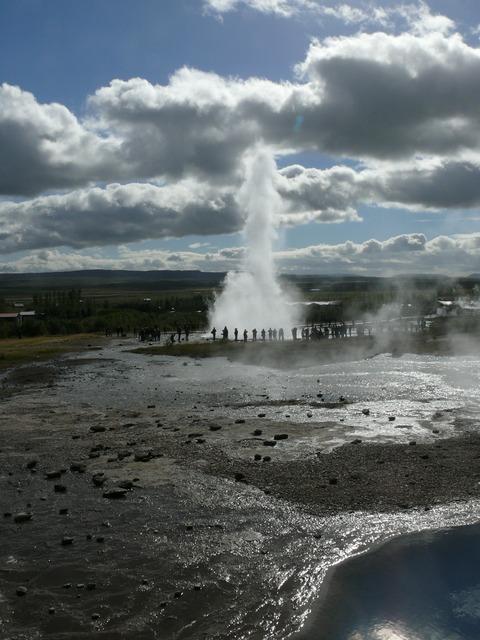 Iceland geyser strokkur.