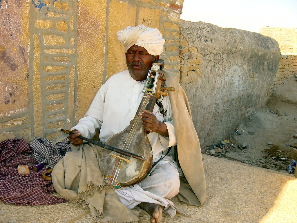India busker music, music.