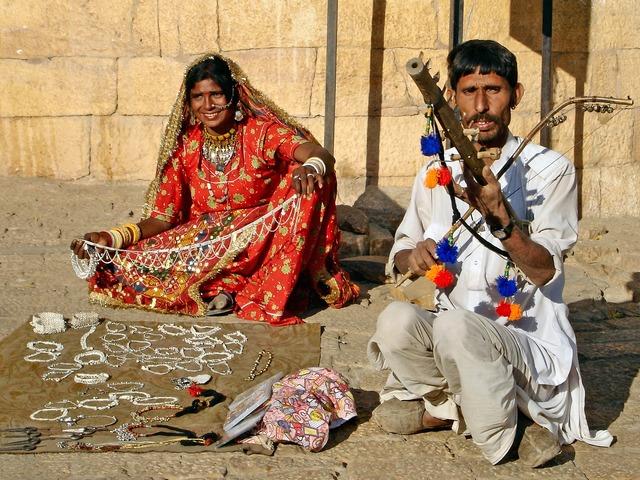 India busker street sales, people.
