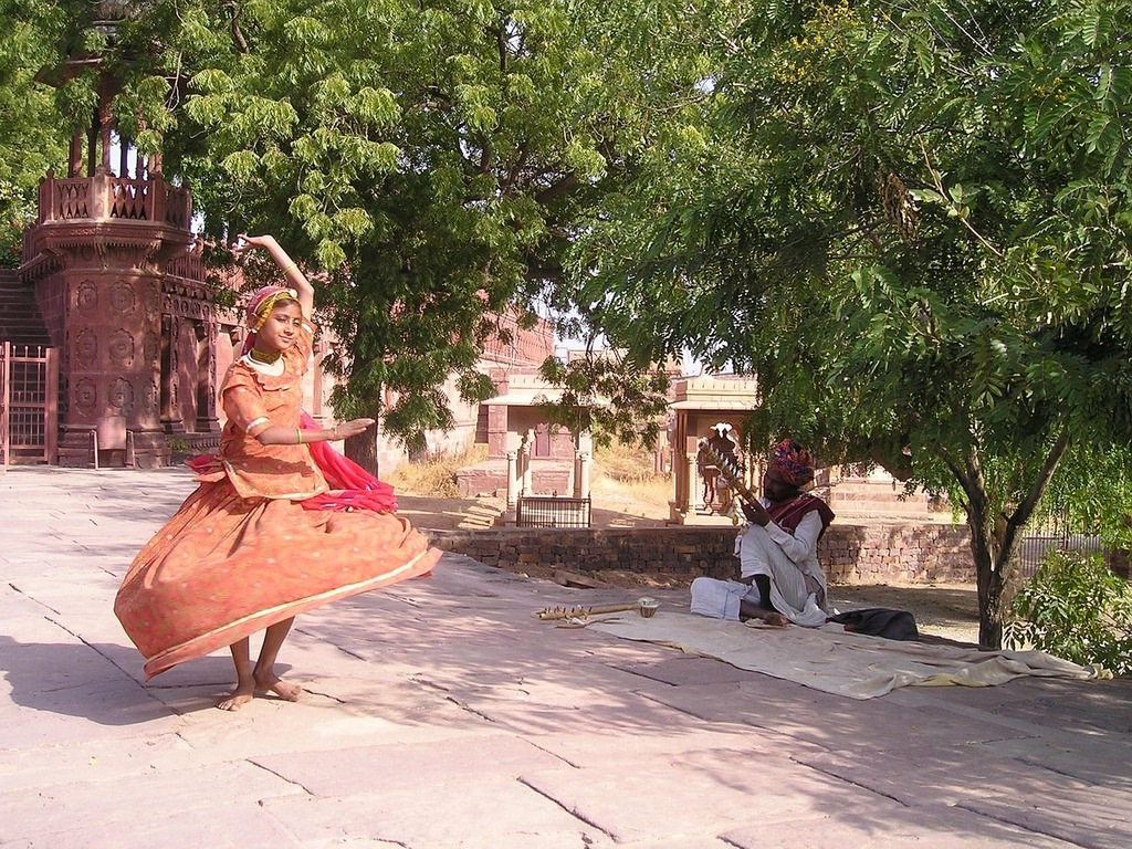 India dance child, sports.