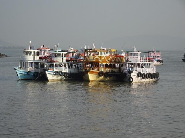 India mumbai boats.