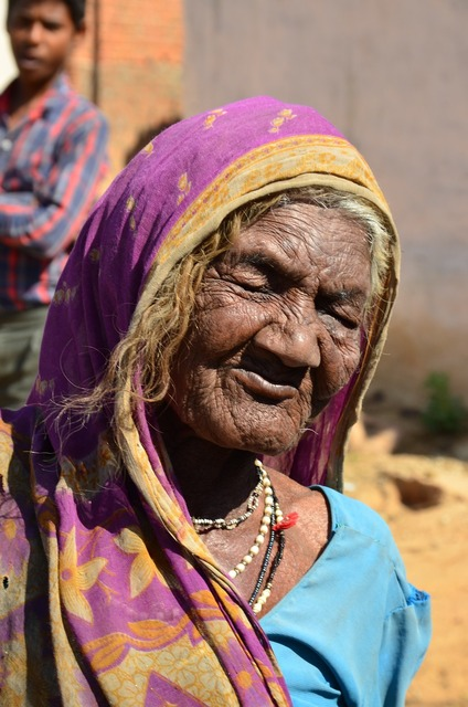 India old women, beauty fashion.