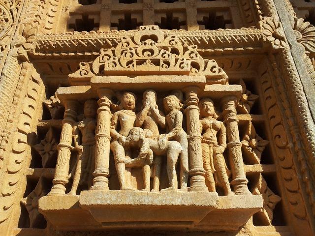 India temple erotic, religion.