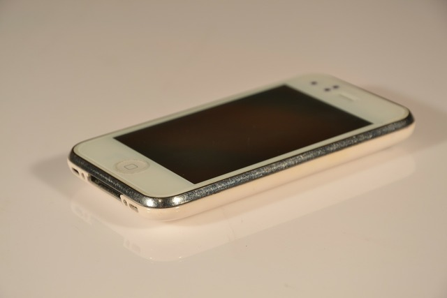 Iphone iphone 3 phone, computer communication.