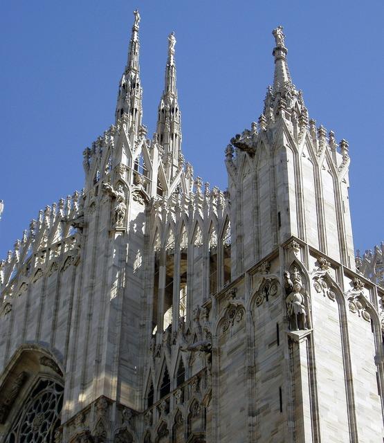 Italy milan dom, religion.
