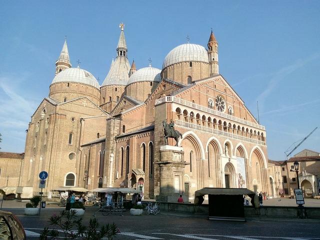 Italy padova dome, religion.