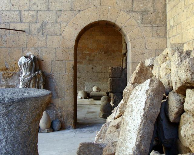 Italy ruins sculpture.