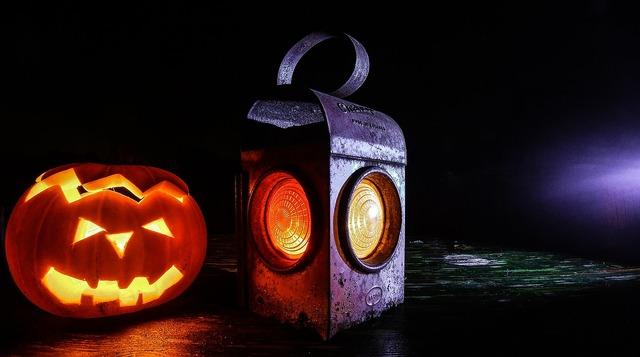 Jack o lantern pumpkin lantern.