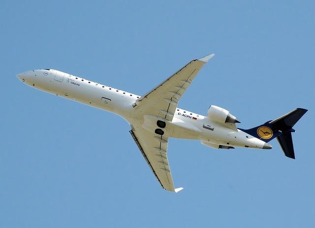 Jet airplane plane.