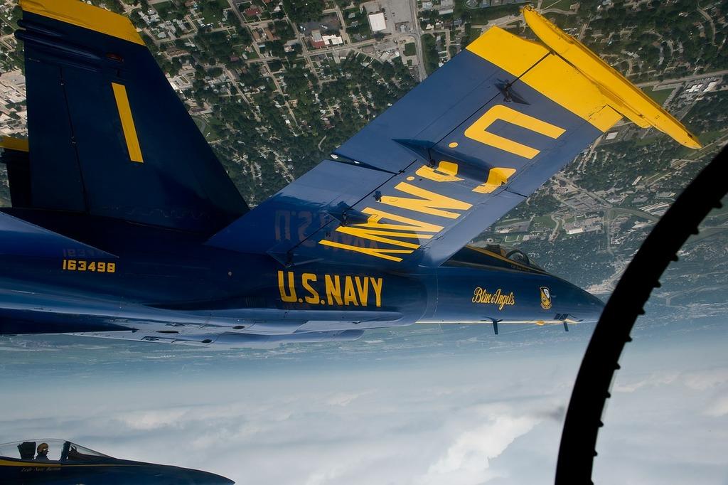 Jets military navy.
