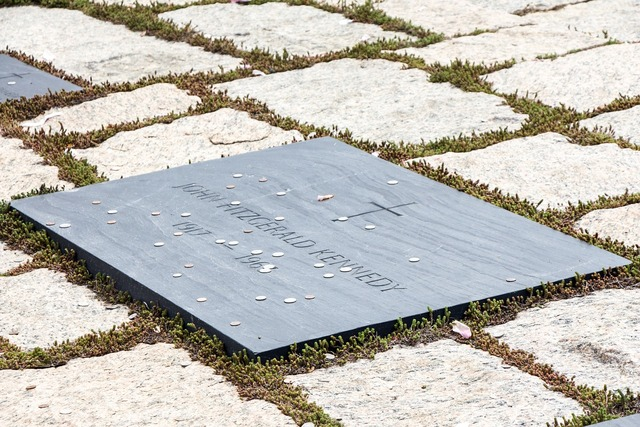 Jfk kennedy gravestone, places monuments.