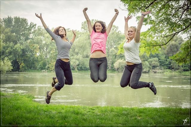 Jumping jump happy people, beauty fashion.