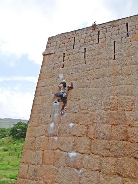 Jyothi raj rock climber chitradurga.