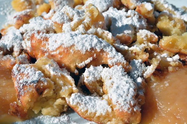 Kaiserschmarrn eat dessert, food drink.