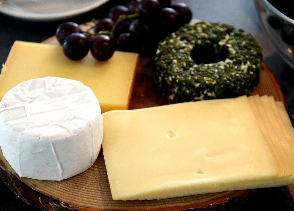 Käseplatte cheese semi-hard cheese, food drink  - PICRYL Public