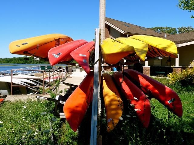 Kayaks color sports.