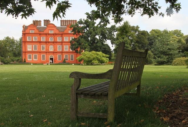 Kew garden london park.