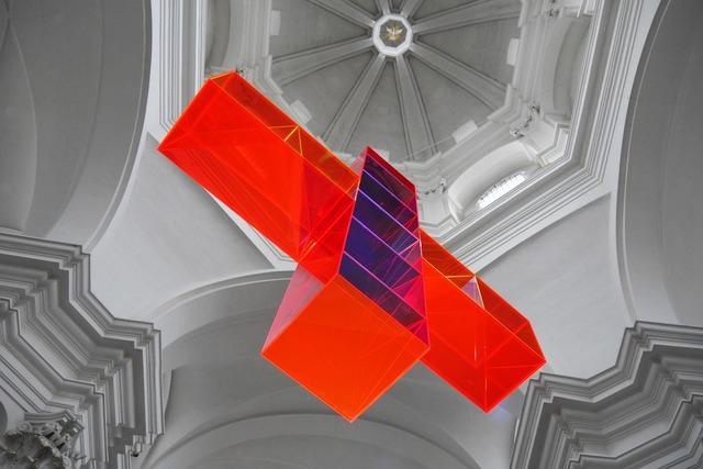 Kiliansdom würzburg light cross, religion.
