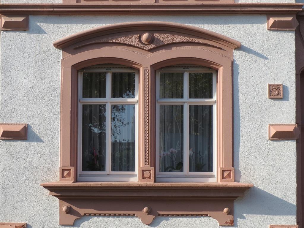 Kirchenstr hockenheim window, architecture buildings.