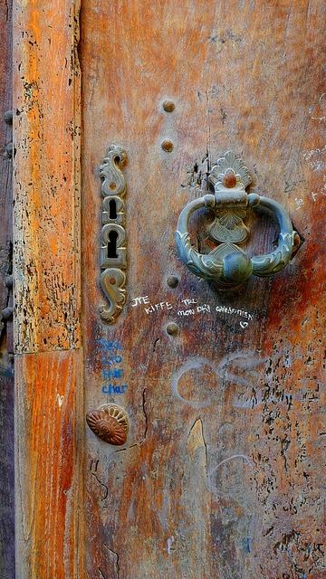 Knocker door lock.