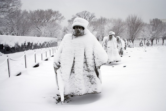 Korean war memorial statues snow, architecture buildings.
