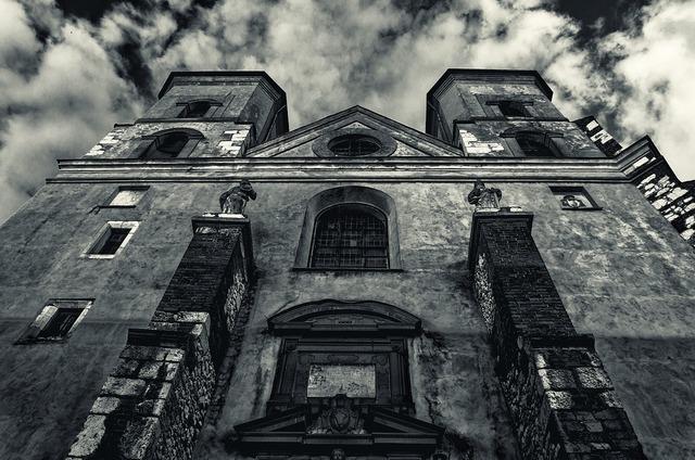 Kraków tyniec monastery, architecture buildings.
