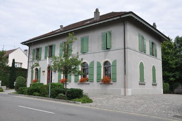 Laconnex city hall geneva.