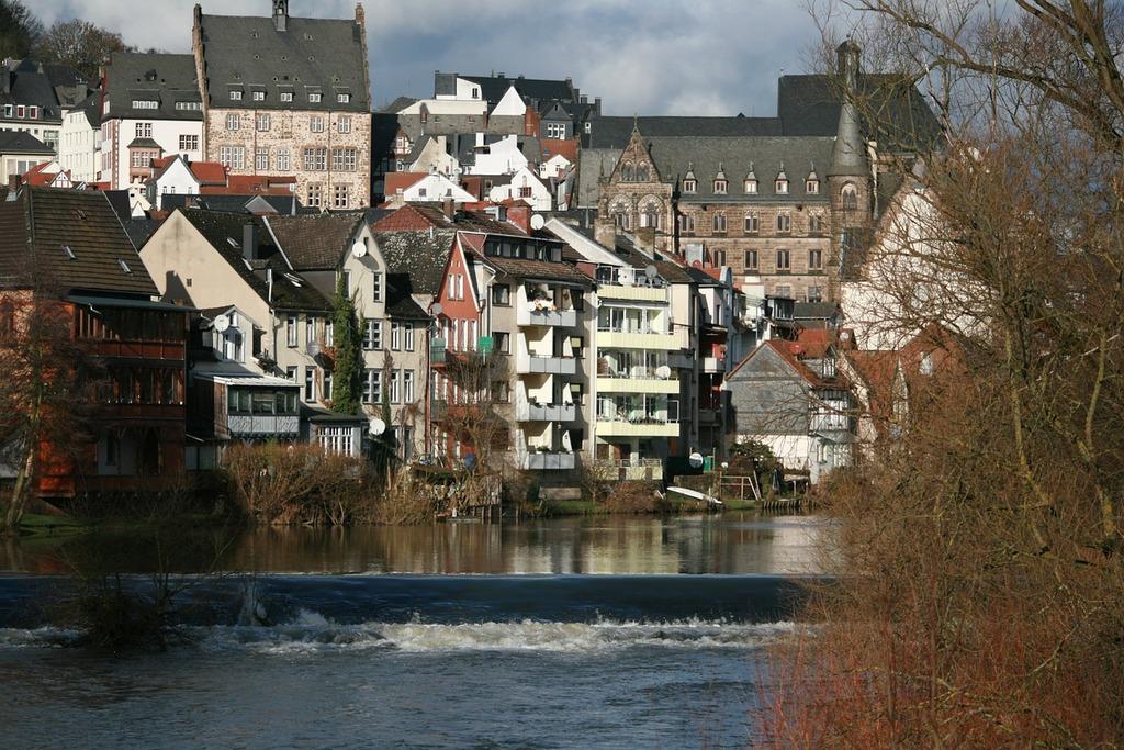 Lahn labadze marburg at marburg lahn mountains.