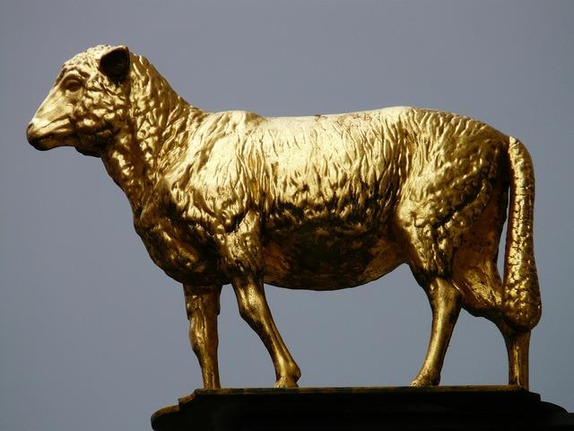 Lamb gold lamm inn.