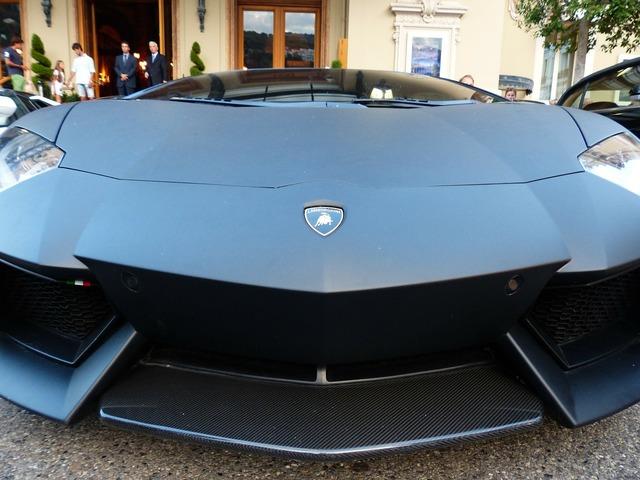 Lamborghini sports car racing car.