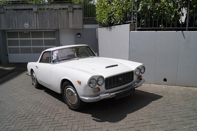 Lancia nice car, transportation traffic.