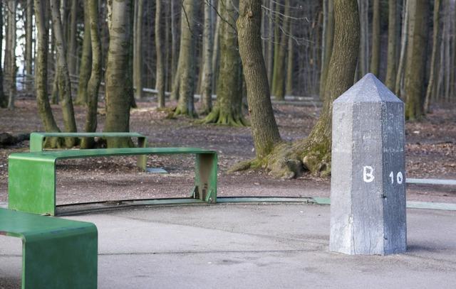 Landmark stone milestone, places monuments.