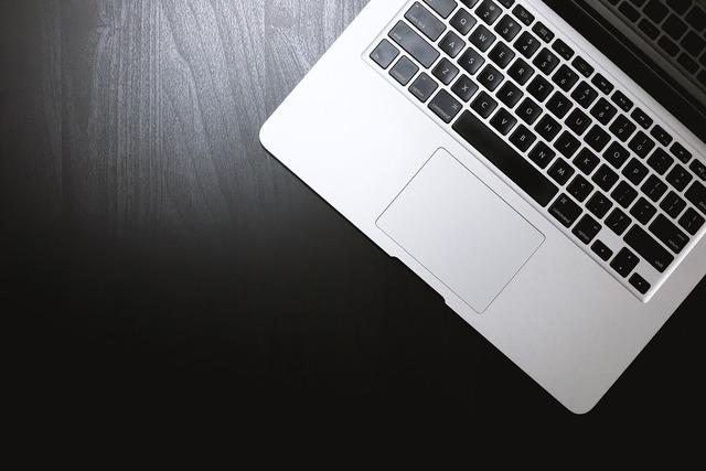 Laptop macbook apple, computer communication.